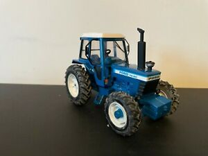 BRITAINS 1:32 SCALE FORD TW20 4WD