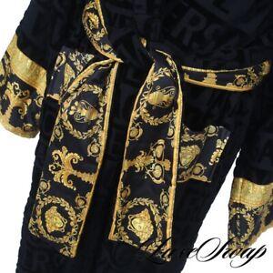 NWT #1 MENSWEAR Versace Made in Italy Black Debossed Logo Barocco Trim Robe XXL