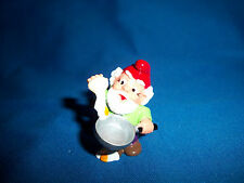 Kitchen Gnome Cook Egg Frying Pan Plastic Figure Kinder Surprise Zwerge Lupin