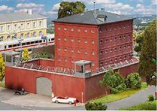 Faller 130808 Prison, Justizvollzugsanstalt Dimensions: 12 1/4x9