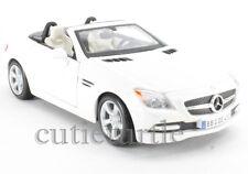 Maisto 2011 Mercedes Benz SLK Convertible 1:24 Diecast 34206 White