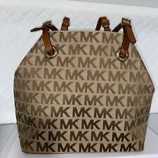 Michael Kors handbag Medium Tote  *Pre Owned* Great Condition.