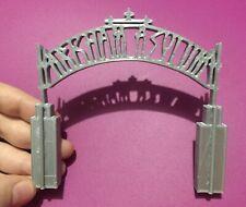 1:64 S Scale Batman Arkham Asylum Entrance  Accessory Diorama Hotwheels Matchbox