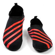 Schuhe-Bekleidung