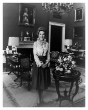 First Lady Nancy Reagan Official White House Color 8 x 10 Silver Halide Photo