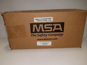* NEW - Open Box - MSA 10051288 Millennium Riot Control Gas Mask Medium