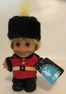 """Russ Troll Doll Around the World England 5"""" w/ Hang Tag Yellow Hair Vintage"""