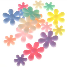 20x 20mm Daisy Flower Shaped Acrylic Beads Gems KIDS DIY Jewelry Child Craft Art