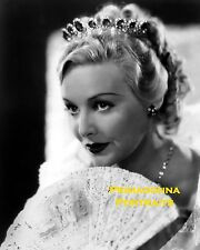 MADELEINE CARROLL 8X10 Lab Photo 1930s GLAMOROUS CLOSE-UP FAN ELEGANCE PORTRAIT