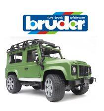 BRUDER TOYS LAND ROVER DEFENDER Opening Doors Bonnet Working Steering 02590 1:16