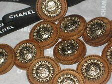 CHANEL 12 BUTTONS  WOODSY BROWN ,  matte gold   CC LOGO 22 MM  NEW LOT 12 DALLAS