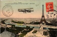 CPA PARIS (7e) Aeroplane evoluant autour de la Tour Eiffel (564151)