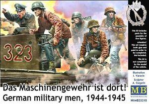 "MB35218 Masterbox 1/35 German Military Men ""Das MG ist dort!"""