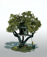 Woodland Scenics / Mini-Scene #107 HO SCALE- Tommy's Treehouse - M107