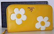 $1098~PRADA YELLOW WHITE FLOWER DAISY CLUTCH WALLET SAFFIANO VERNICE LEATHER