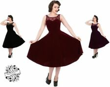 Damenkleider im Retro-Stil mit Abendkleid