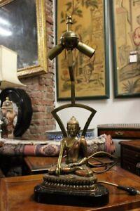 STUPENDA Lampada da tavolo dorata con Budda Buddha dorato
