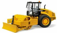 NEW BRUDER CAT VIBRATORY COMPACTOR SOIL LEVELLING BLADE CATERPILLAR SCALE 1:16