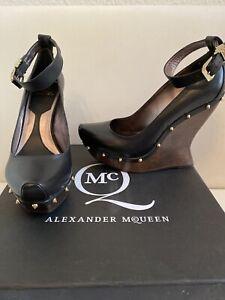 Alexander McQueen Designer Wedges High Heels 39 Pumps w. NEU LUXUS LEDER Schwarz