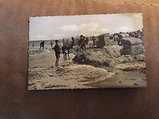 German photo card-Nordseeheilbad –beach scene w/wicker huts and people