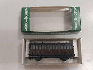 MMM RG/ ELEC TRAINS-PLM - ANCIENNE VOITURE DE 1/2e CL - Ech HO - Ref 4P1/2 -