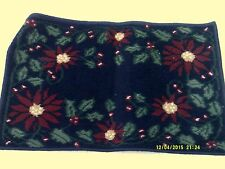 """1 Holiday Decor FLORAL/POINSETTIAS Accent Multi Color RUG 19.5x30"""" PRE OWNED"""