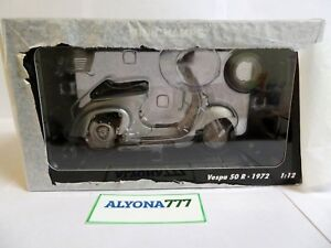 MINICHAMPS 1/12 VESPA 50 R 1972 Silver Scooter Moto Motorcycle **BRAND NEW**