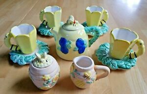 BUSY BEE HIVE 13 Piece Tea 4 PARTY Porcelain Kitchen TOY Playset IMAGINATION