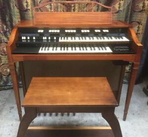 1964 Hammond L-100 Tonewheel Organ - Fully Restored [Hobart]