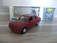 Diapet 1/40 - Nissan Cedric Ultima (dunkel rot)