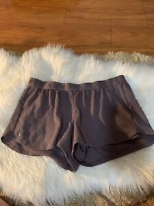 under armour large brown knit sports shorts relaxed fit fancy sexy guc