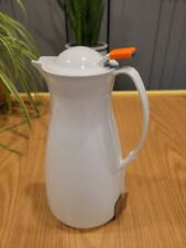 Pampered Chef White Carafe By Leifheit Thermal Hot Cold Pitcher 1 Liter 33 Oz
