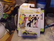 Hot Wheels Cockney Cab ll The Beatles Yellow Submarine