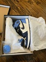 Nike Air Jordan 1 retro high og obsidian Size 10.5