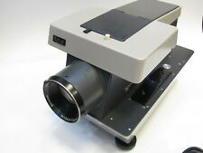 RARE ROLLEI P11  6x6 PROJECTOR  + ORIGINAL CARRYING CASE + REMOTE CONTROL