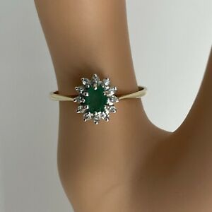 Vintage 9 Carat Gold Ring Emerald And Diamond Cluster Size P.5