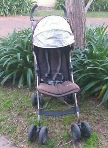 UPPAbaby stroller. lightweight stroller. layback stroller. Baby stroller travel