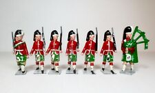 JOHILLCO Lead Toy Soldier Figure HIGHLAND INFANTRY WITH PIPER Britains