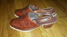 Vintage 1971 Tooled Leather Sandals- Women's Size 4.5- Great Condition