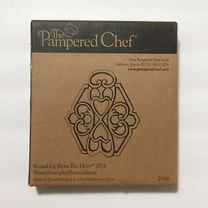 New Pampered Chef Round-up From The Heart 2011 Cast Metal Trivet Copper Top 2946