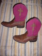 Ariat Cowboy Boots  WOMENS SIZE 5  (1.25 INCH HEEL)