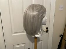 Raquel Welch Classic Cut Wig In Silver 56-60 Mono, Memory Cap Heat Friendly NEW.