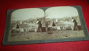 STERIOVIEW CARD c. 1900. ANGLO BOAR WAR. IMAGE OF THE GRAVES OF BRITISH SOLDIERS
