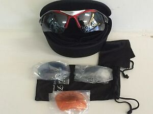 Dolce Vita Air Force One Sunglasses - Red/Black frame