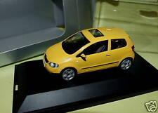 VW FOX Jaune SCHUCO