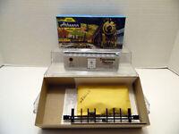 Athearn Blue Box 40' SP Boxcar - Silver 1140-3