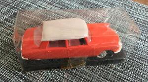 NOREV ancien CITROEN DS 19  n°48 orange Voiture Miniature En Boîte 1/43