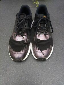 Nike Star Runners Black Size 4.5