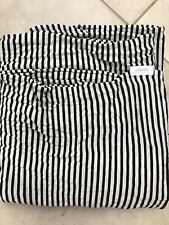 The Solly Baby Wrap - Black And White Stripped