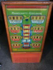 Kopf von Mannschafts Kegelbahn 50er Jahre Spielautomat Automat